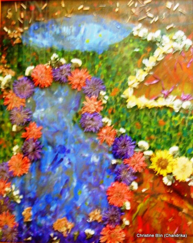 Campagne ardente - Acrylique et fleurs séchées - 52,5 x 42,5 cm