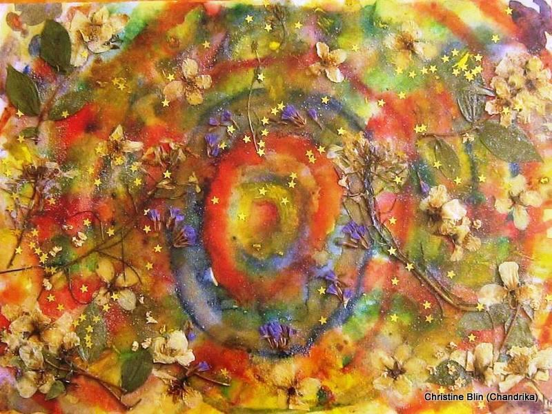 Planète- Acrylique et fleurs séchées -  44 5 x 44 5 cm